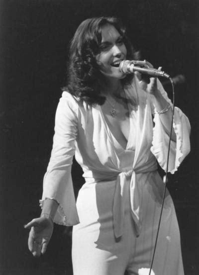pop singer death the day singer karen carpenter died in 1983 ny daily news