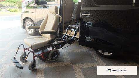 Lift Kursi Roda modifikasi interior vellfire dengan kursi roda motionaid