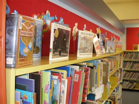 Caldecott Medal Also Search For Caldecott Medal Winners Library Displays