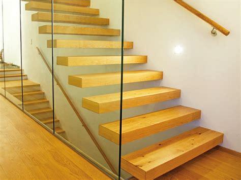 Freischwebende Treppe Kosten freischwebende treppen 25 ultramoderne vorschl 228 ge