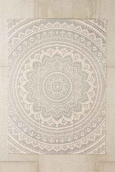 plum and bow rug plum bow medallion printed rug outfitters house decorations and awesome