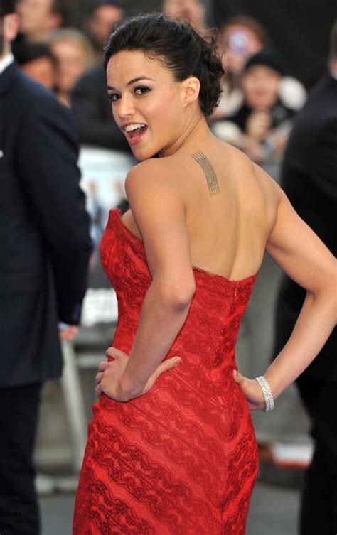 michelle rodriguez height weight body statistics healthy