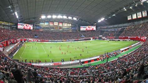 stadion  desain unik indonesia punya wakil bola
