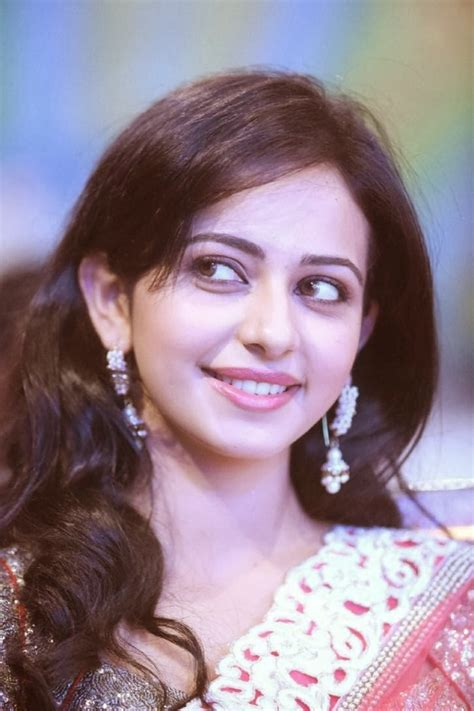 biography of movie yaariyan yaariyan movie actres rakul preet singh images and wallpapers