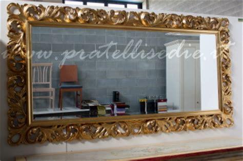 cornici barocche moderne mobili arredamenti it arredare con cornici e specchiere