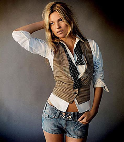 Kate Moss Is Named Model Of The Year 2 by Kate Model Model Kate Moss Photoshoot