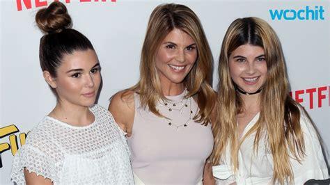 lori loughlin daughter fuller house star lori loughlin s daughters stun in teen