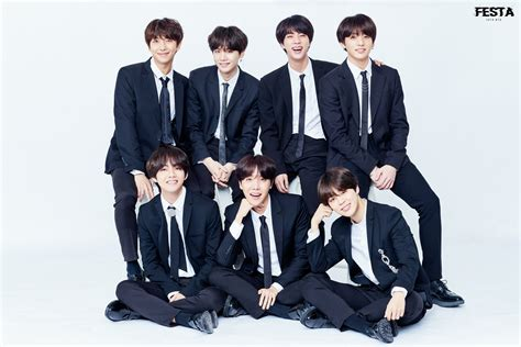 bts family bts updates their family album with new photos for 2018