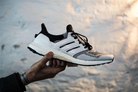 Meja Rias Berlu 18 harga sneakersnstuff x adidas consortium ultra boost