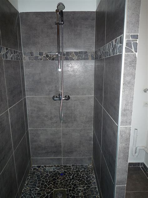 Exceptionnel Pose De Faience Salle De Bain #2: Carrelage-salle-de-bain-douche_P1020341.jpg
