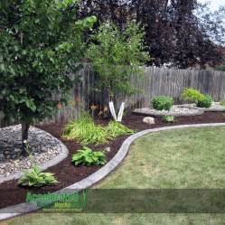 Rock Garden Definition Use Edging In This Gray Concrete Curb With A Slant And Alternate Between Rock And