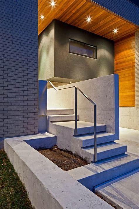 moderne betontreppe bauen  ideen fuer innen und