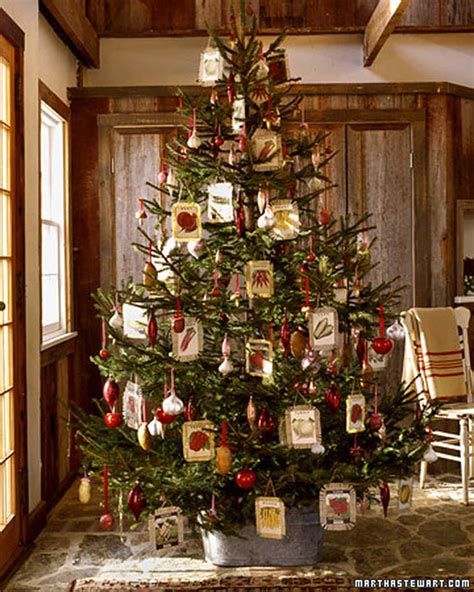 christmas tree decorate ideas pictures 25 creative tree decorating ideas martha stewart