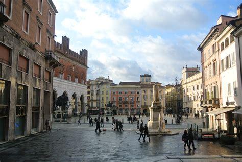 oficina de turismo de italia piacenza italia turismo taringa