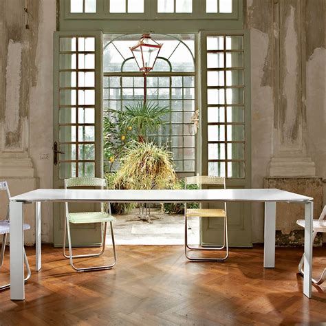 tavolo kartell four tavolo kartell di design in acciaio e laminato
