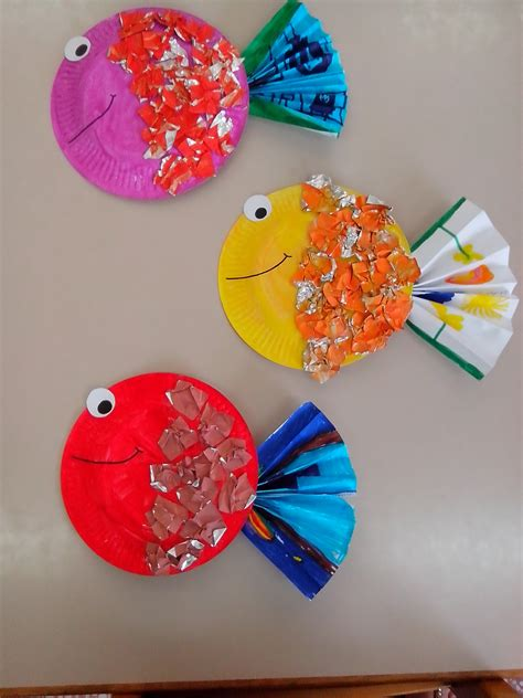 Kindergarten Paper Crafts - paper plate fish bowl craft images