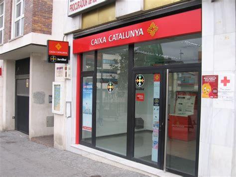 cierre oficinas catalunya caixa espa 241 a registr 243 en 2012 el cierre de cerca de 2 000