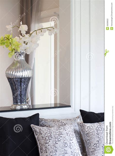 living room flower vase vase with artificial flowers in living room stock photography image 29208022