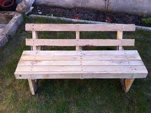 Wood Pallet Bench one wood pallet garden bench