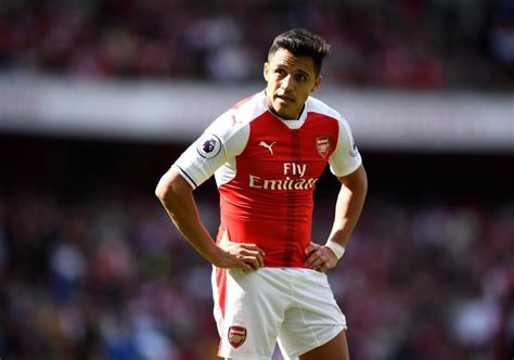 alexis sanchez move alexis sanchez prefers move to manchester city but arsenal