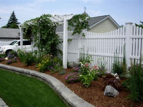 26 best images about vinyl fencing on pinterest arbors vinyl picket fence and illusions