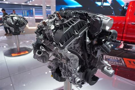 Ford Truck Engines by Meet The Engines Of The 2018 F 150 Ford Trucks
