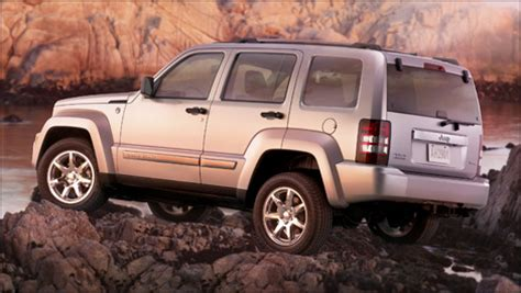 lowered jeep liberty 2008 jeep liberty pricing announced alongside features
