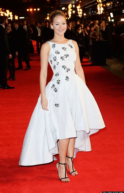 Diory Dress Gamis Diori wows in gown at the hunger mockingjay premiere