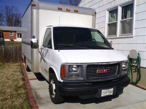 purchase used 2002 gmc savana 3500 base cutaway van 2 door 5 7l in gwynn oak maryland united