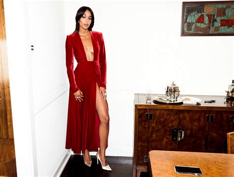 laura harrier age getting dressed with laura harrier the violet files