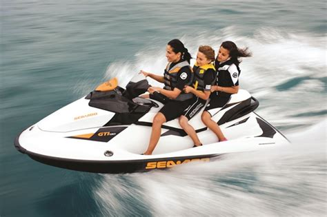 jet ski type boat do you need a boating license to drive a jet ski boat