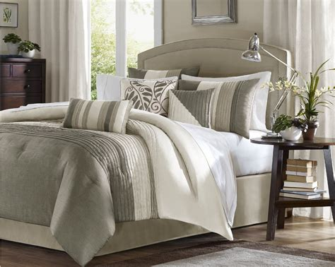 comfy comforters choosing a comfy bedding duvet or comforter for your bed