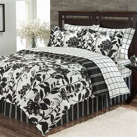 Bed Sheets by The Big One Black White Meadow 6 Bed In Bag Set