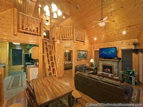 8 bedroom cabins in pigeon forge pigeon forge cabin highlander 2 bedroom sleeps 8