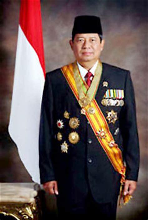 biografi habibie presiden indonesia biografi sby basa sunda 171 bethz05
