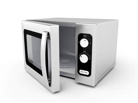 come cucinare col microonde cucinare risparmiando col microonde