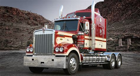 kenworth bus kenworth debuted legend 900 truck at brisbane truck show