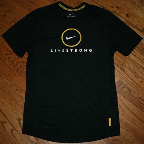 nike dri fit livestrong black running t shirt s small