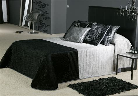 Black And Gray Bedroom Ideas | bedroom decorating ideas with black grey and silver room