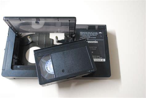 convertitore cassette vhs in dvd riversamento vhs c trasferimento su dvd o su file