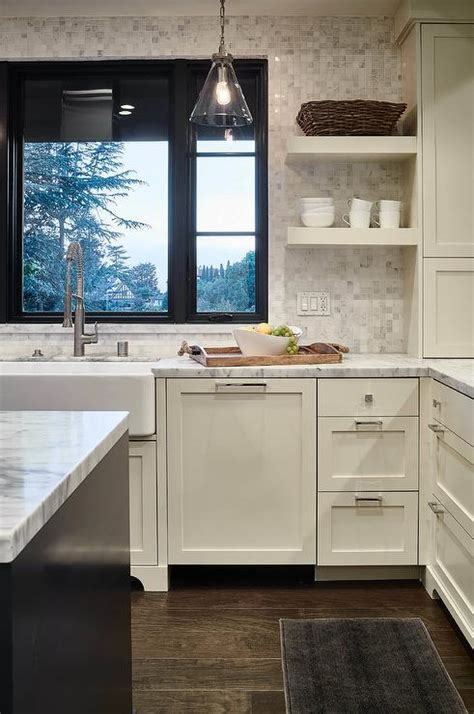 Ivory Shaker Kitchen Cabinets with White Marble Grid Tile