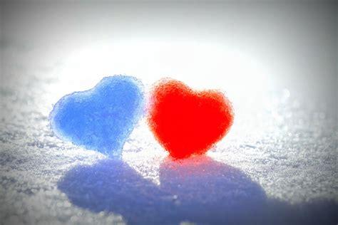 wallpaper computer full screen love mood heart heart red blue love love snow winter background