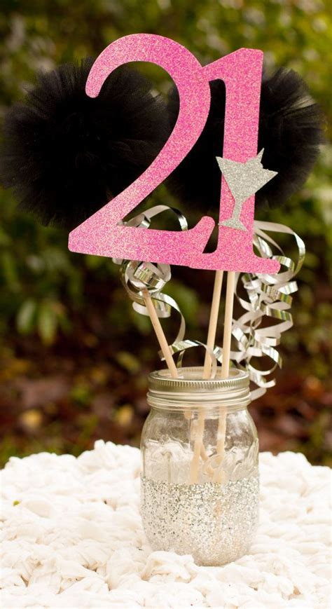 21st Birthday Decoration Ideas by 25 Best Ideas About 21st Decorations On