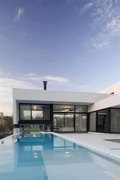 fresh white interior providing totally clean  airy