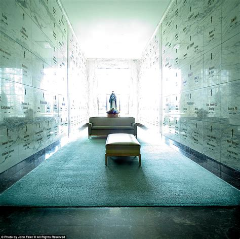 format kwitansi sinar dunia mewahnya suasana dalam kuburan ini