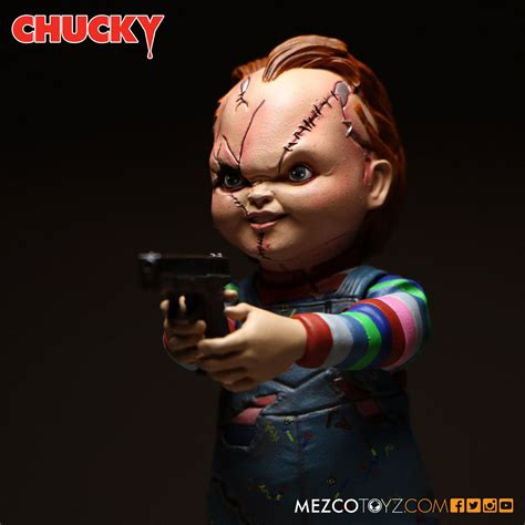 Mezco Child S Play Chucky 5 Inch Figure mezco toyz to release an awesome child s play chucky 5