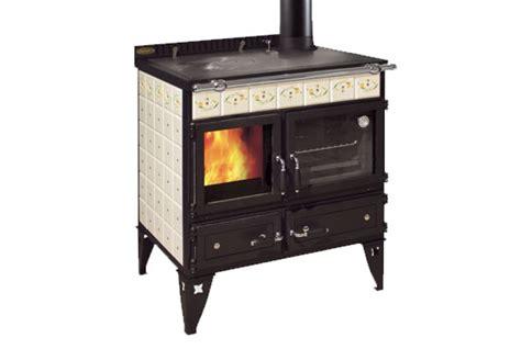 cucine a gas colorate stunning cucine combinate gas legna prezzi gallery ideas