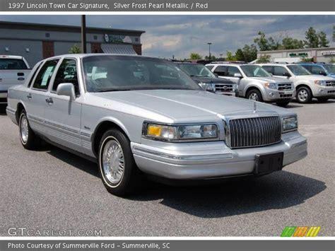 1997 lincoln towncar silver pearl metallic 1997 lincoln town car