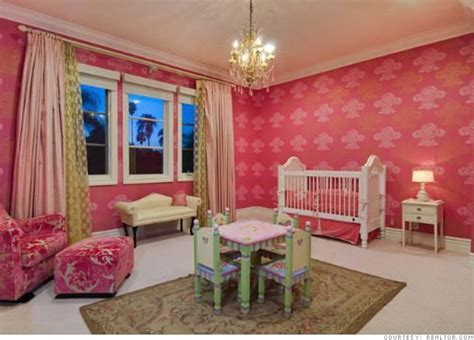 spelling bedroom spelling s home for sale s bedroom 7 cnnmoney