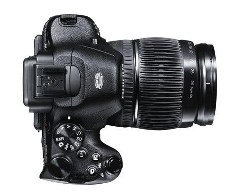 Fujifilm X S1 fujifilm x s1 packs 26x zoom and evf slashgear